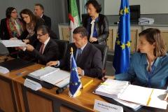 Signature contrat SIS